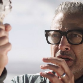 Jeff Goldblum Describes His Disney+ Series in the Most Jeff Goldblum Way