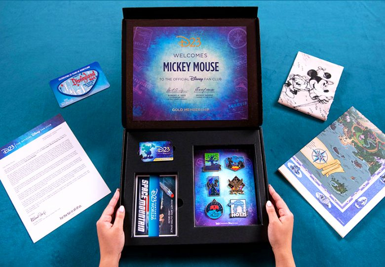 Unboxing the D23 Fantastic Worlds Adventure Kit!