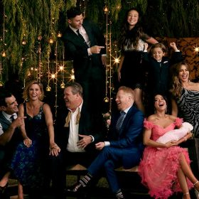 What the Stars of Modern Family Want to Take Home from Set