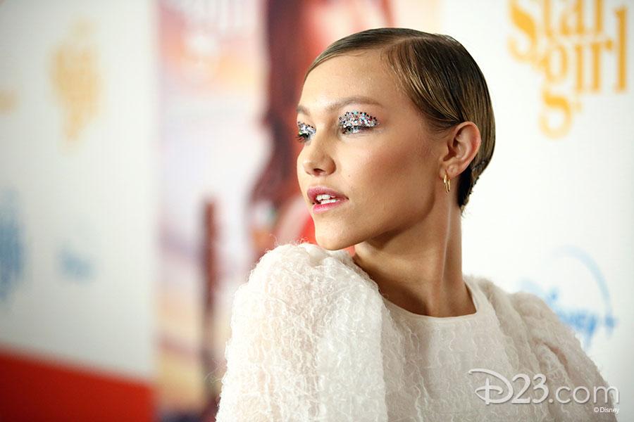 Grace VanderWaal (Stargirl)