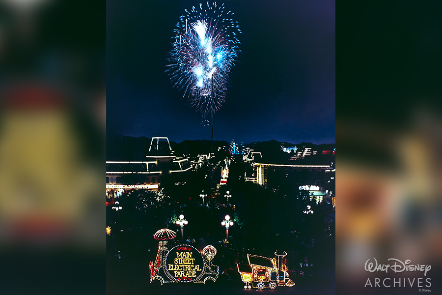 Summer Disneyland Entertainment