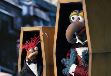 D23 Inside Disney Episode 108   Gonzo and Pepé on Muppets Haunted Mansion